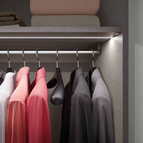 Closet Trend Top Light